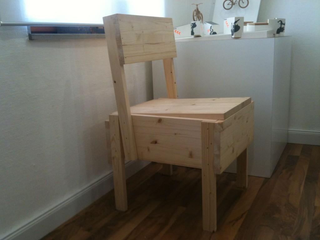 lieblingsst ck sedia 1 chair industrie design. Black Bedroom Furniture Sets. Home Design Ideas